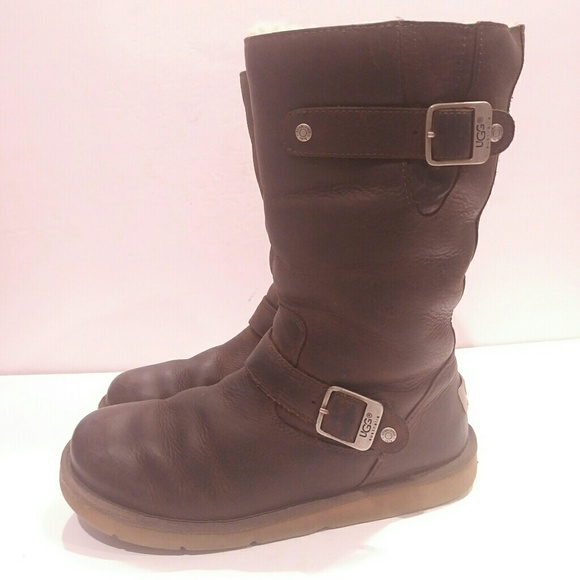 1167ae49381 UGG SUTTER BOOT women's size 8